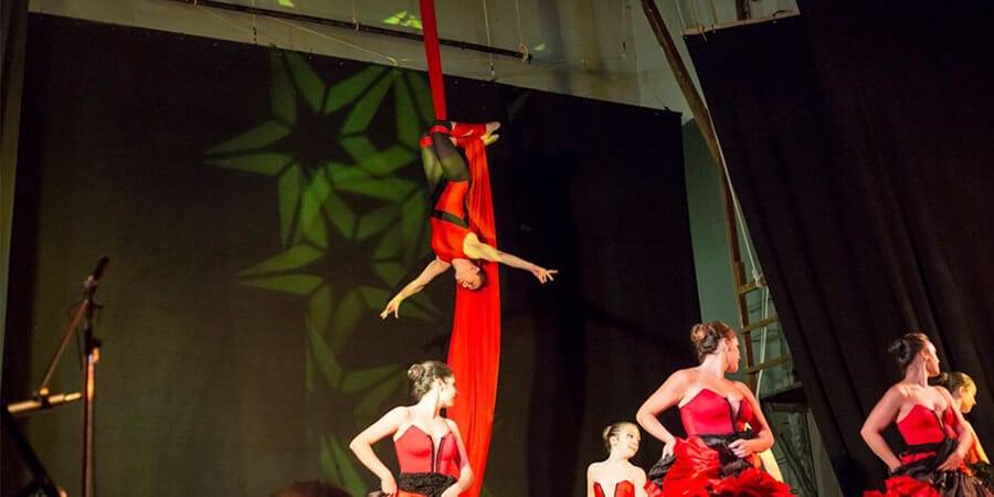 La danza aerea su tessuto alla Palestra di Morlupo